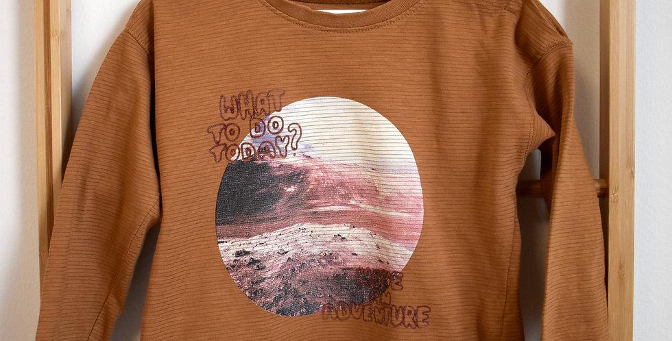 Chlapčenské hnedé tričko s vesmírom