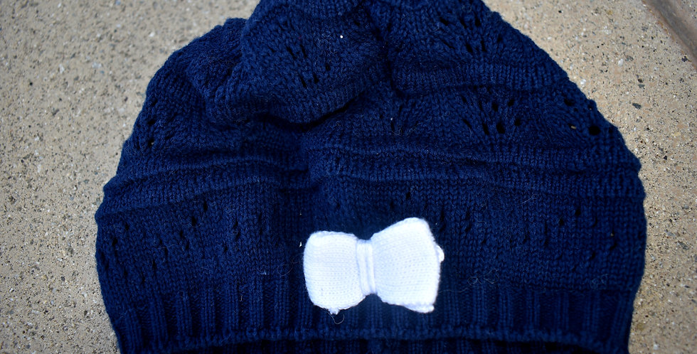 Zimná modrá čiapočka s mašličkou