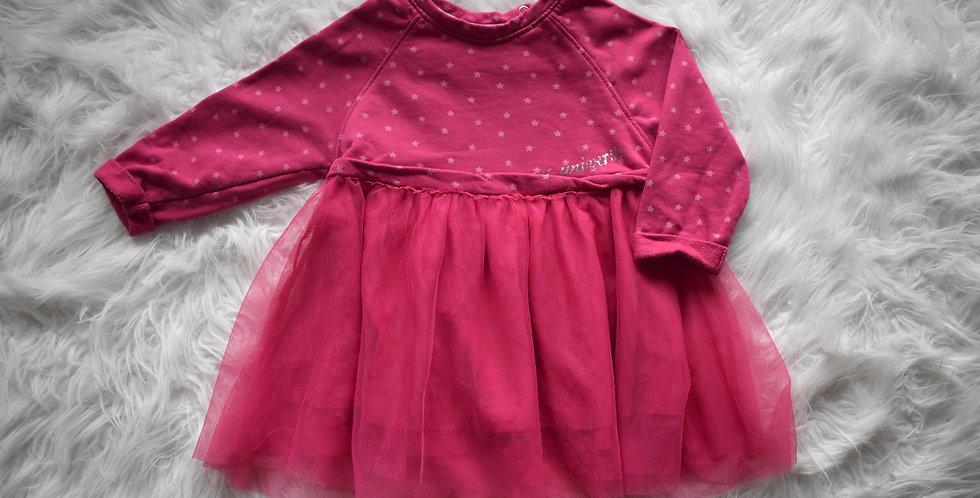 Teplé šaty s tylovou sukňou