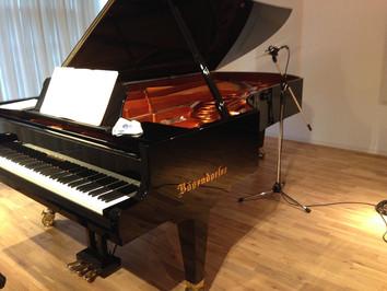 ピアノのステレオ録音