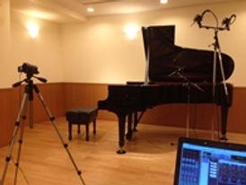 ②スタインウェイB211(ハンブルグ)でのレコーディング