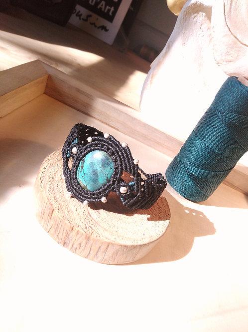 Bracelet macramé, perles d'argent et pierre