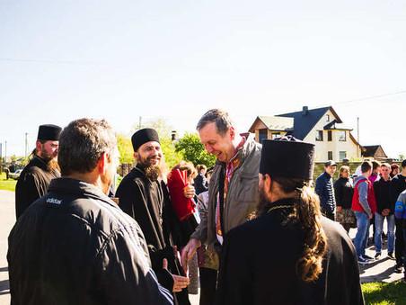 Ченці Свято-Миколаївського монастиря вшанували пам'ять полеглих у війні: фоторепортаж
