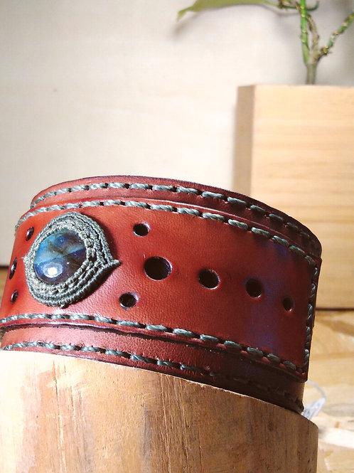 Men's strength bracelet. Labradorite