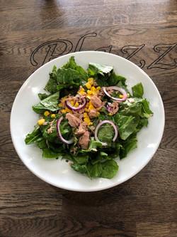 зелена салата с риба тон Plazza restaura