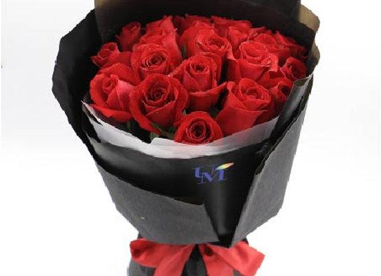 Roses Bouquet in Rose 24 朵紅玫瑰 經典系列