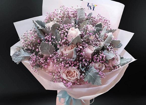 雪山粉紅玫瑰滿天星花束  Rose Bouquet with Baby Breath