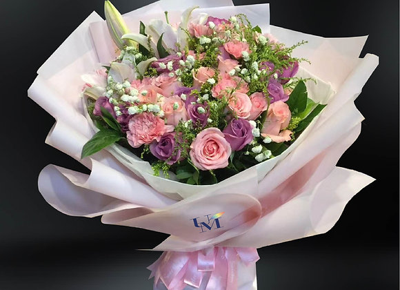Roses in Pink/Purple with Carnation 粉紅紫色玫瑰康乃馨花束