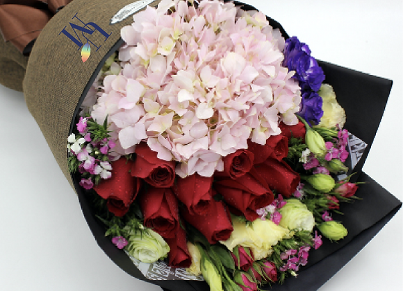 繡球玫瑰花束 Hydrangea Rose Bouquet Set