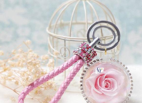 Preserved flower crystal ball rose in pink 永生花球鎖匙扣/保鮮花球鎖匙扣