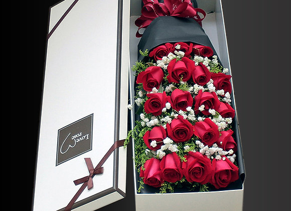 Red Roses in Boxes 盒裝紅玫瑰
