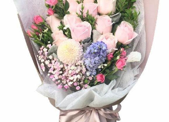 Roses Bouquet Set