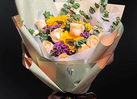 向日葵香檳玫瑰花束 Roses Bouquet with Sunflower