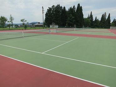 写真7テニスコート.jpg