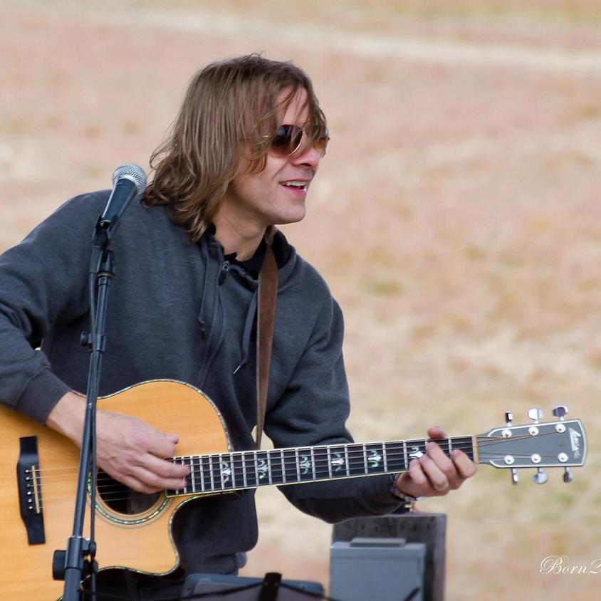 Live Music by Darin Hilderbrand