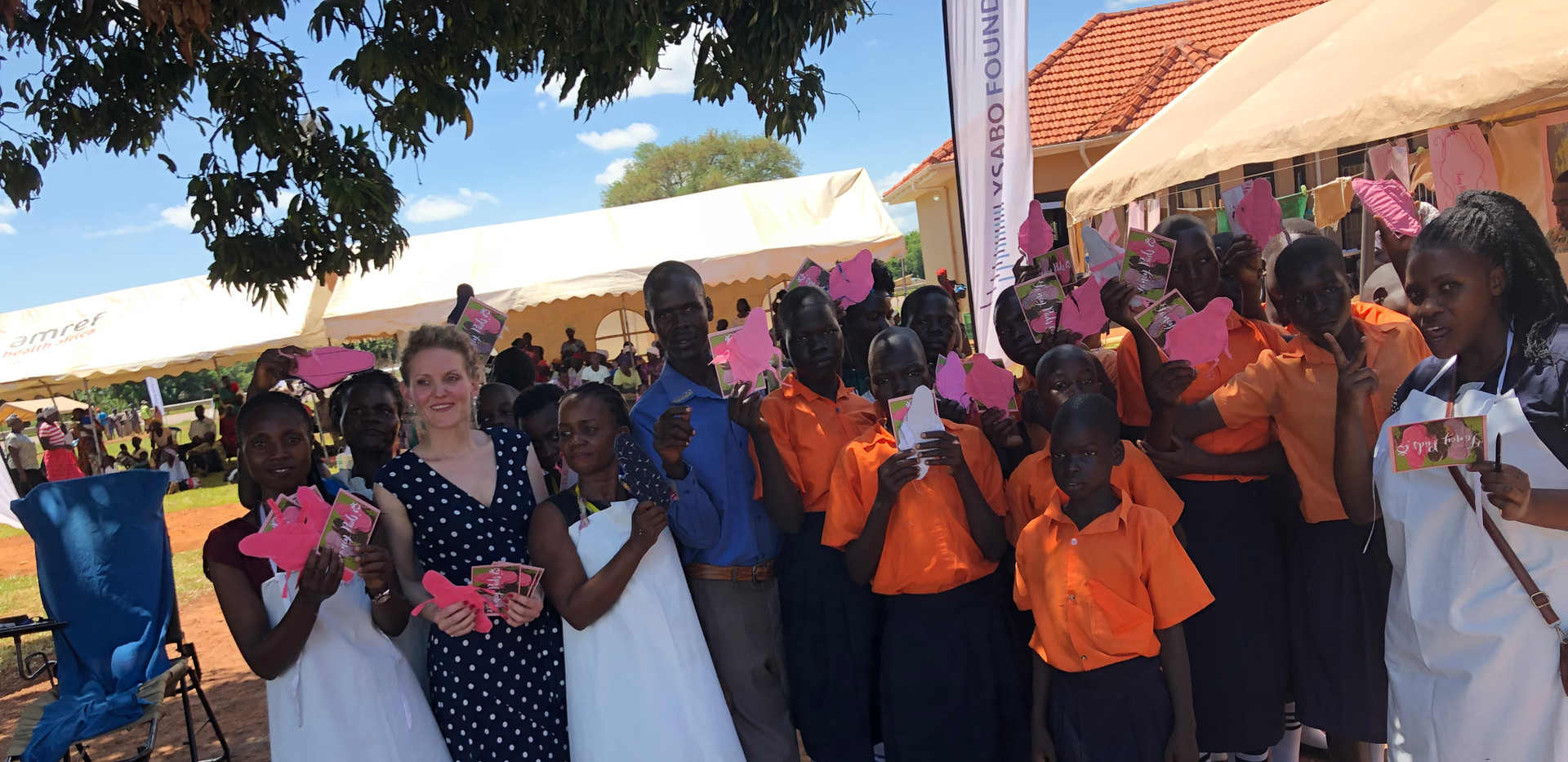The 'Fancy Pads' team gave Do-it-Yourself courses and distributed free sanitary pads at various Mobile Medical Camps.