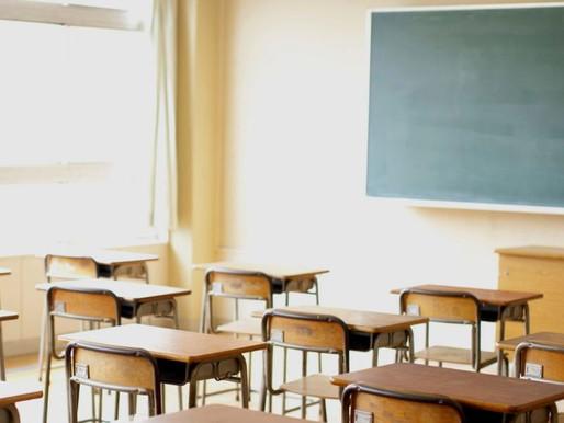 """Covid e scuola, De Micheli:""""In classe anche di domenica"""" Ma arriva lo stop dei presidi e di Bonafede"""