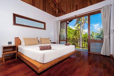 Seaview chalet bedroom at Coral View resort koh Tao