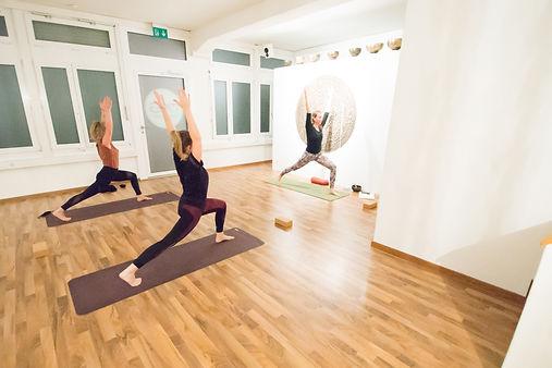 Vinyasa Yoga Flow Zürich Oerlikon