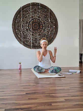 Doris_Kundalini_Yoga_Mas_Energy_Center_O
