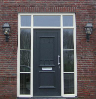 Kunststof voordeur - traditioneel