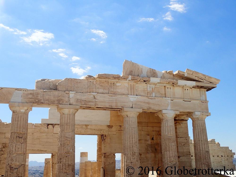 Les Propylées forment l'entrée de l'Acropole
