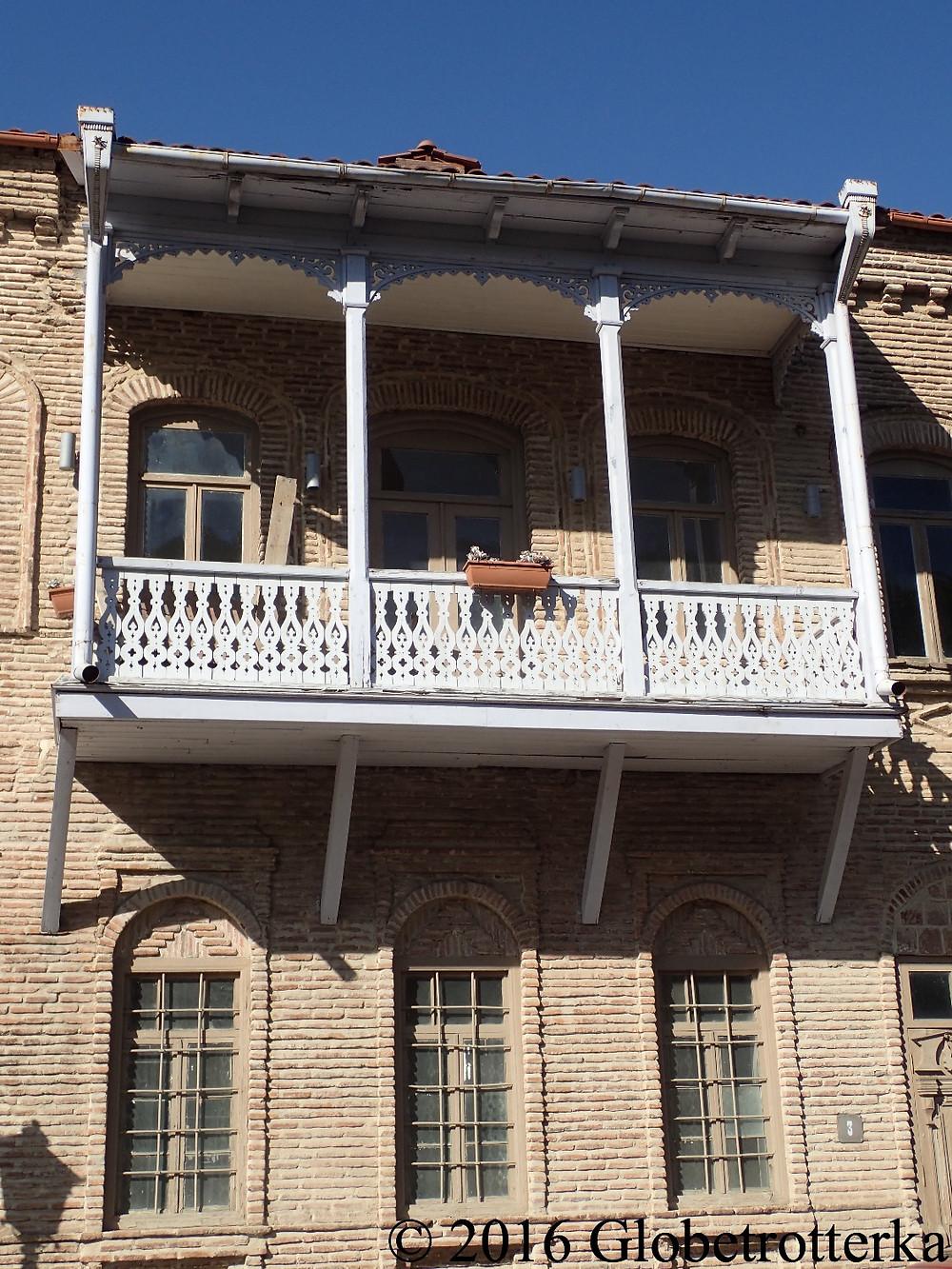 Balcon typique de Sighnaghi, Géorgie © 2016 Globetrotterka
