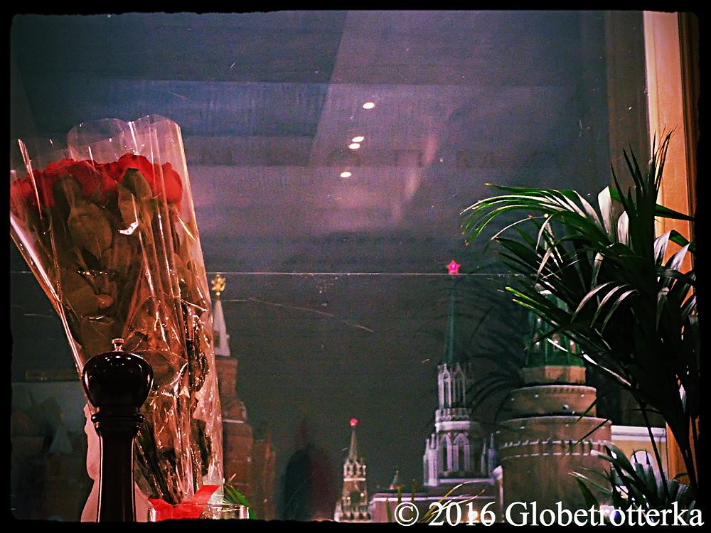 Vue sur le Kremlin depuis le Grand Café Docteur Jivago  © 2016 Globetrotterka