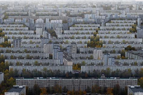 Toutes ces tours en béton de l'ère soviétique...