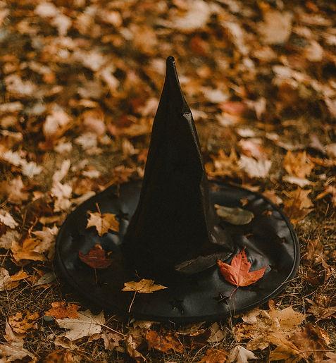 Bloomsbury witch halloween_edited.jpg