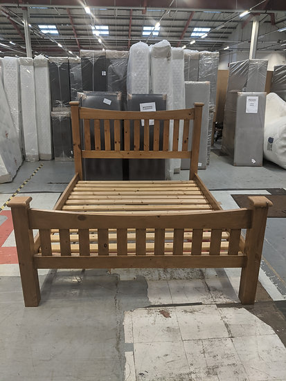 King-size Pine Bed