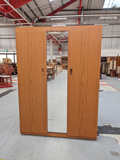Schreiber Large 2 Door Wardrobe With Mirror