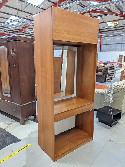 Bedroom Vanity Unit With Mirror For Up-cycling