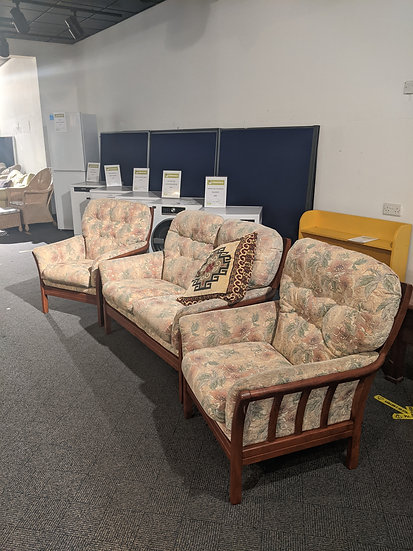 Floral 2 Seater Sofa with 2 Chairs