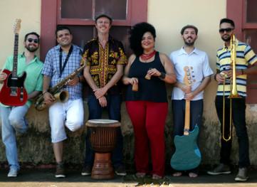 """BANDA CAFUÁ LANÇA O SINGLE """"BEMBALIÁ"""""""