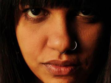 PRECISAMOS FALAR DE... LARISSA SOUZA
