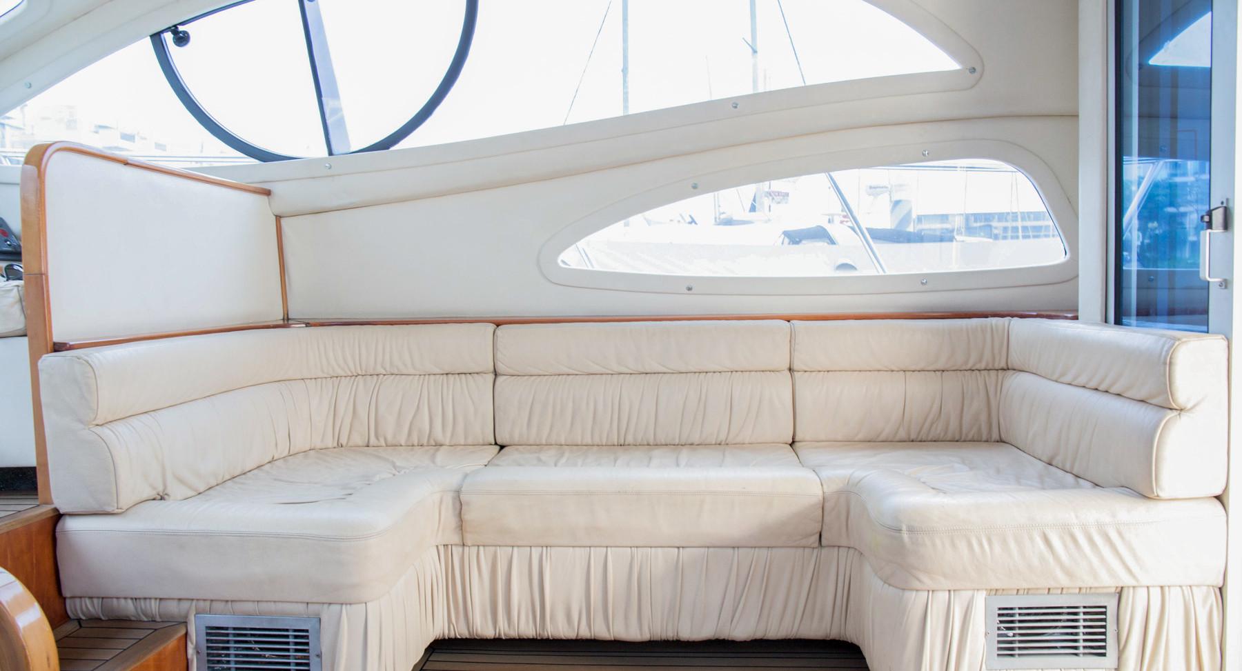 Monako-yacht-interior-4.jpg