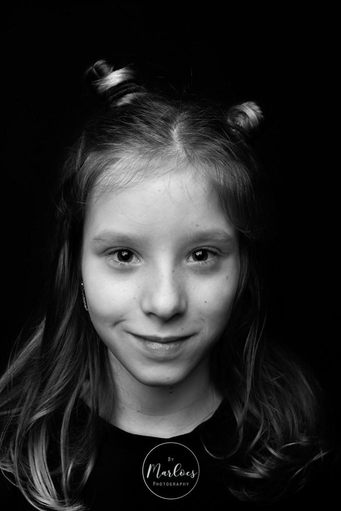 kinderportret zwart wit