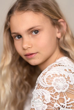 www.bymarloesphotography.nl Portret Kaylee WEB.JPG