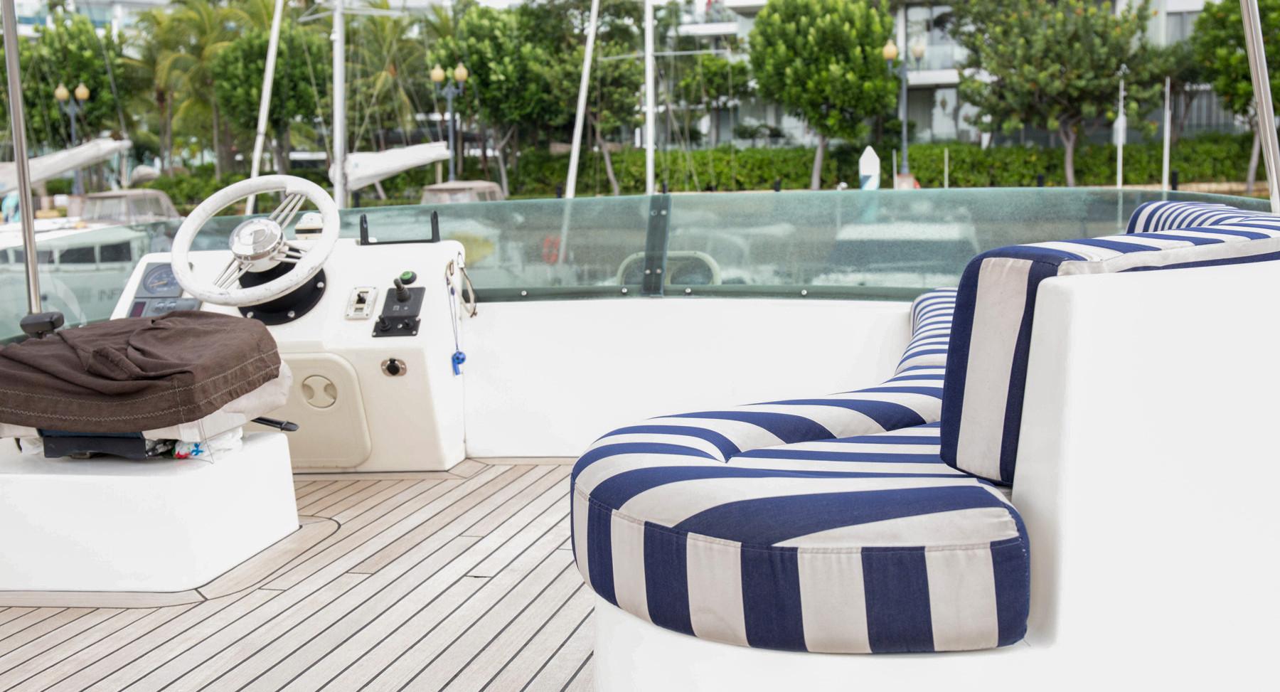 Monako-yacht-interior-3.jpg