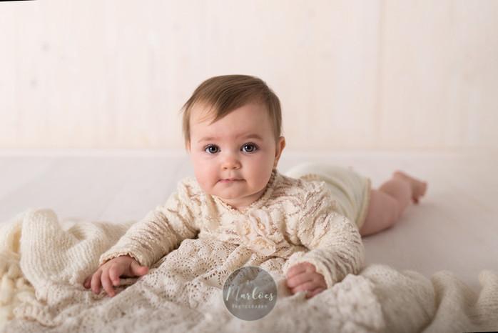sitter shoot in Gouda fotografie baby babyshoot gouda den haag rotterdam babyfotografie