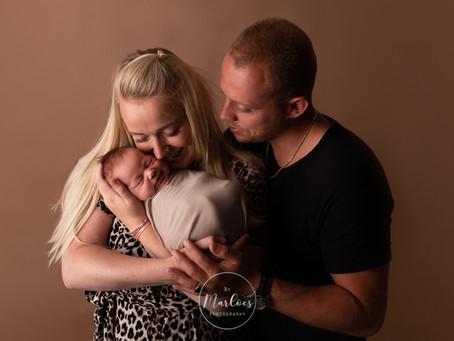 Hoe reserveer je een newbornshoot bij By Marloes Photography?