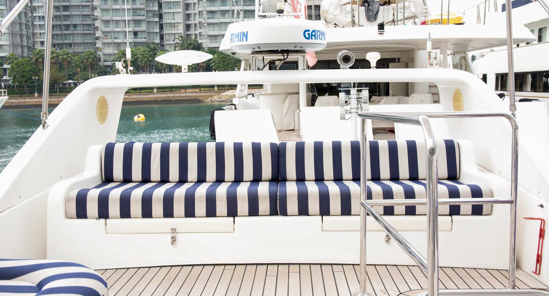 Monako-yacht-interior-2.jpg