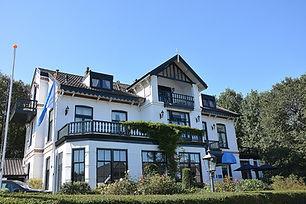 DeGoudenTon-Bergen.jpg