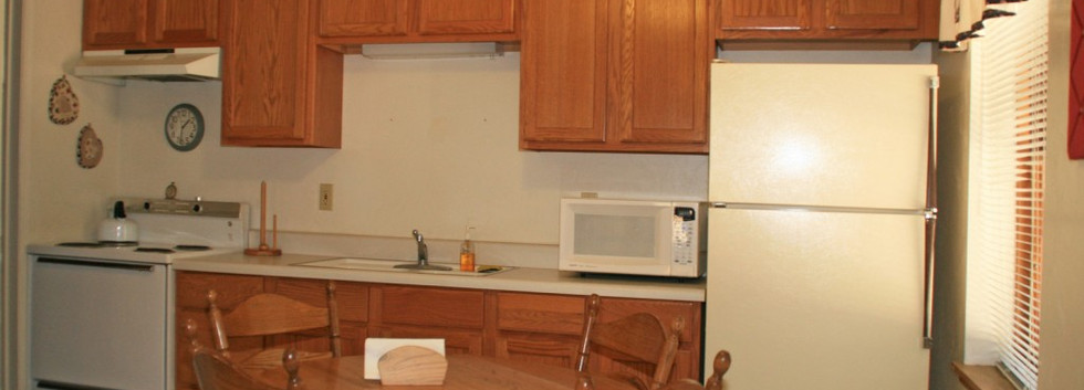 Pine 2 Kitchen