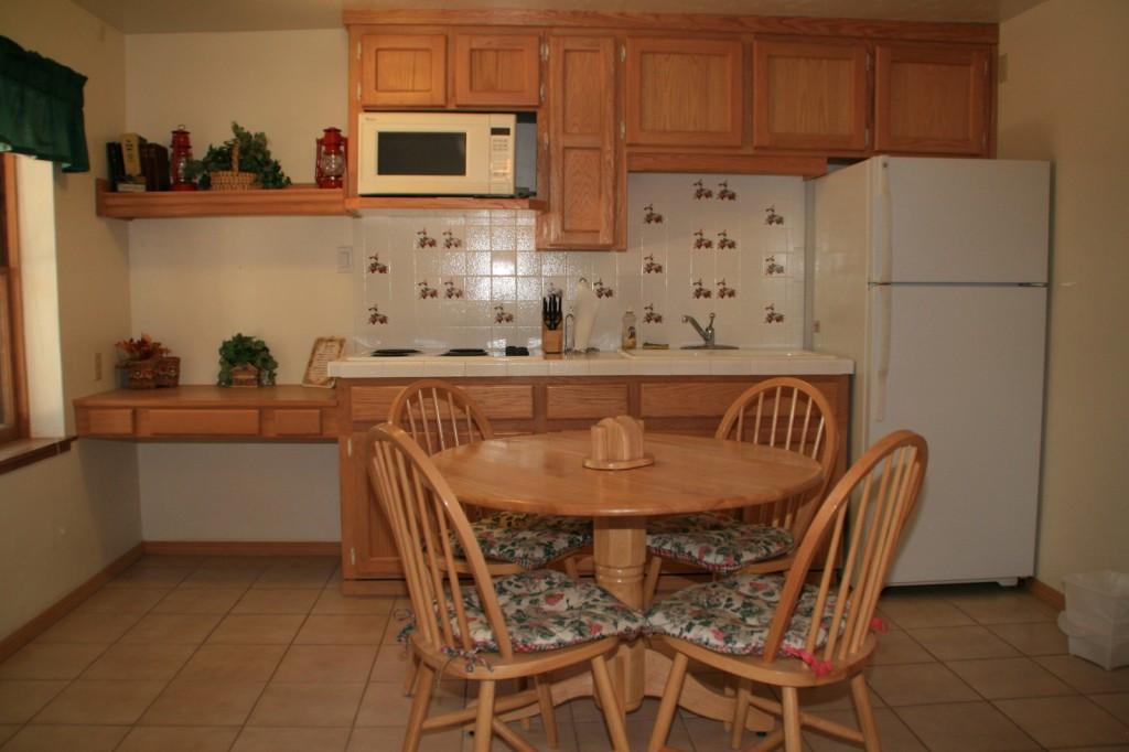 Pine 1 Kitchen
