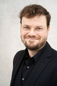 Alexander Hüttner - Tenor