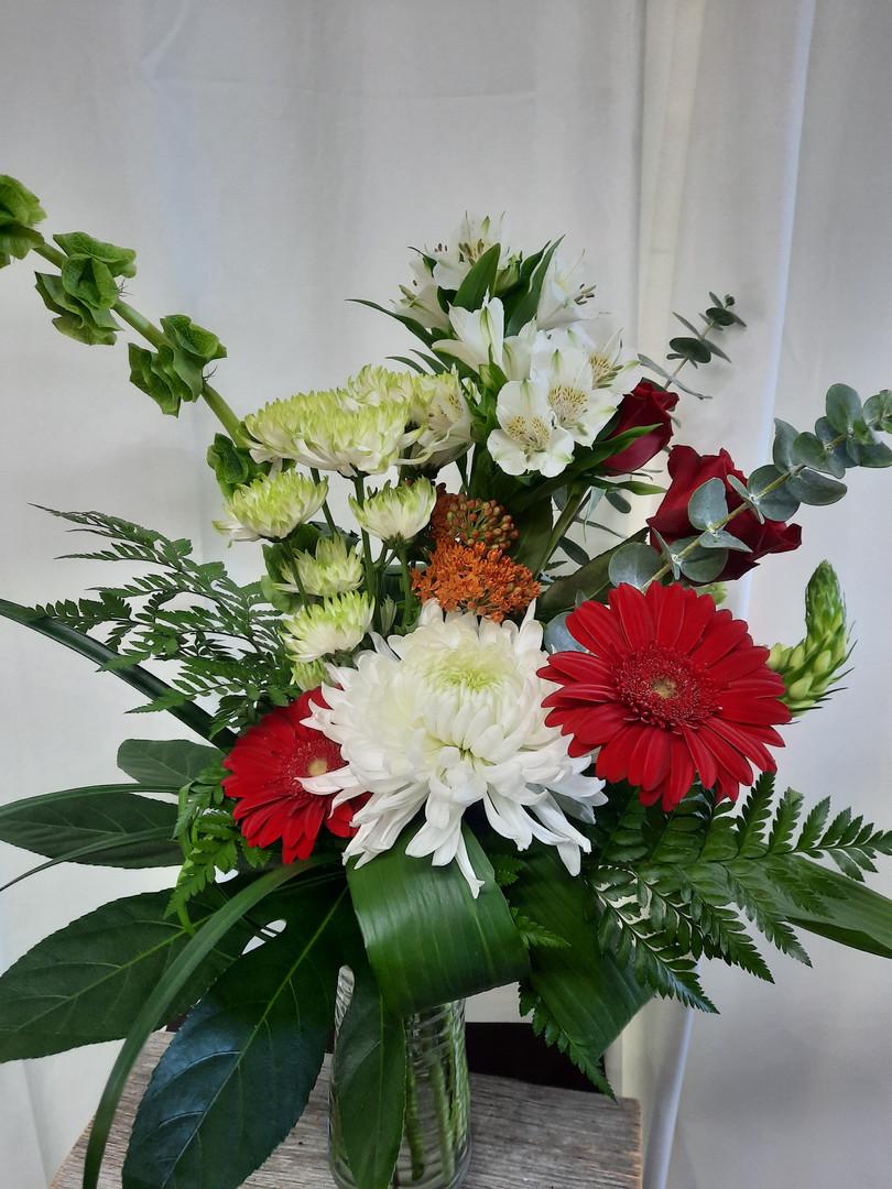 bouquet de fleurs rouge et blanc