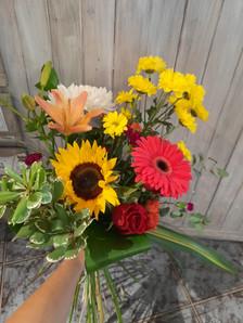 bouquet coloré, gerbera, tournesol, marg