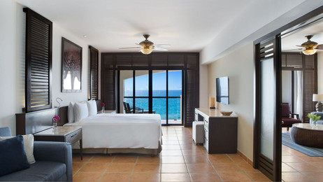 OCEAN FRONT ONE BEDROOM MASTER SUITE.jpg